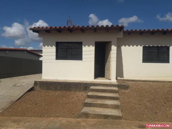 Casas En Venta 04243219101