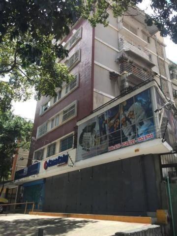 Apartamento En Venta, Colinas De Bello Monte, Mls 18-16397