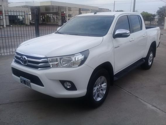 Toyota Hilux 2.8 Cd Srv 177cv 4x2