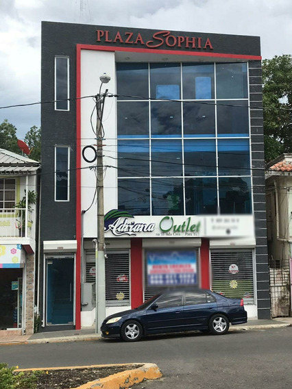 Plaza Comercial En Puerto Plata 5011