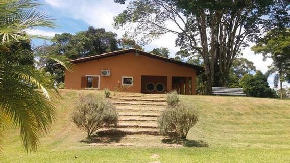 Belíssima Chácara Com 10.000 M²-condomínio Fechado-cód.285