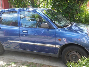 Daihatsu Sirion Sedan Semi Full 1.0