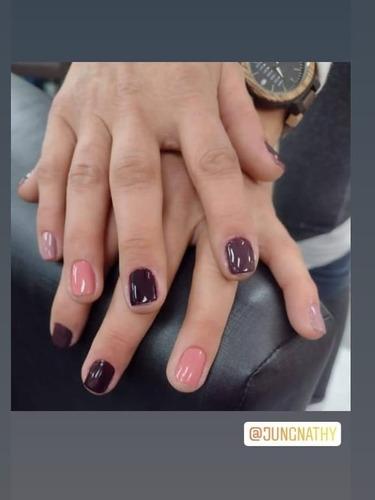 Imagem 1 de 3 de Manicure E Pedicure