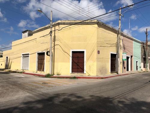 Imagen 1 de 14 de Local-bodega De 430  M², Con Oficinas Y Área De Bodega, Con Estacionamiento Interno, En El Centro De La Ciudad, Cerca De La Mejorada