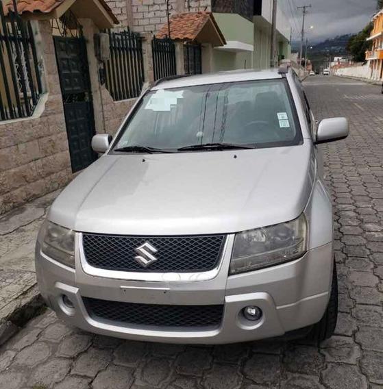 Suzuki Grand Vitara + Puesto De Turismo