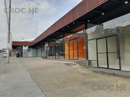 Imagen 1 de 8 de Local En Renta En Xalapa Veracruz En El Fraccionamiento Las Fuentes, Zona Comercial Con Area De Estacionamiento.