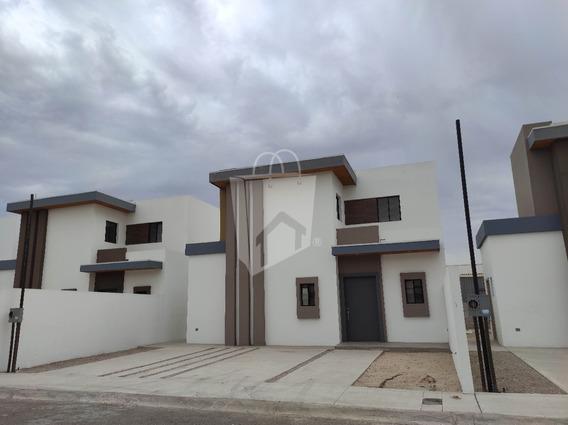 Casa En Venta En Exclusivo Residencial Privada Santa Brigida