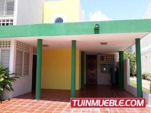 Townhouses En Alquiler Sumy Hernandez 04141657555