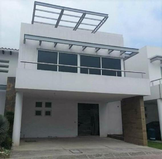 Casa Nueva En Venta Fraccionamiento Residencial Casa De Agua, Metepec.