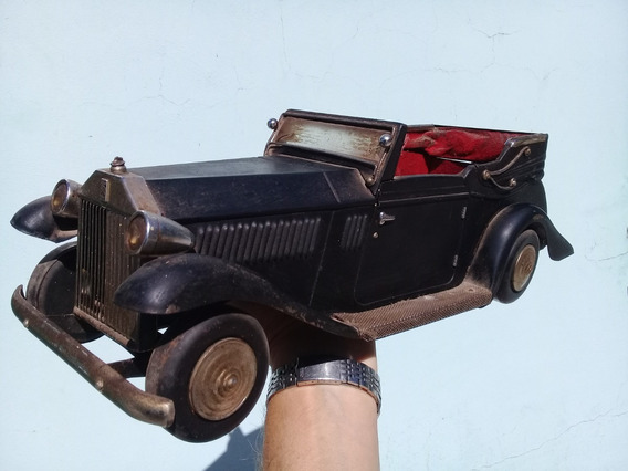 Auto Rolls Royce Fantasma Del Amor 40,5 Cm Con Suspension