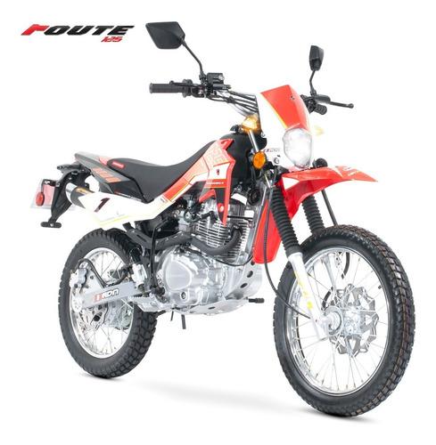 Imagen 1 de 7 de Motocicleta Carabela Route 125 Roja