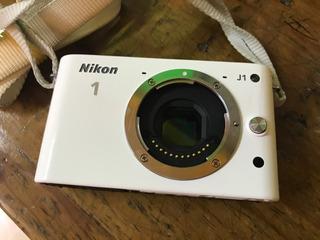 Cámara Nikon J1 Cuerpo ,pila,correa, Sin Lente Ni Cargador