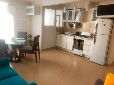 Habitaciones En Departamento Amueblado. Sólo Mujeres.