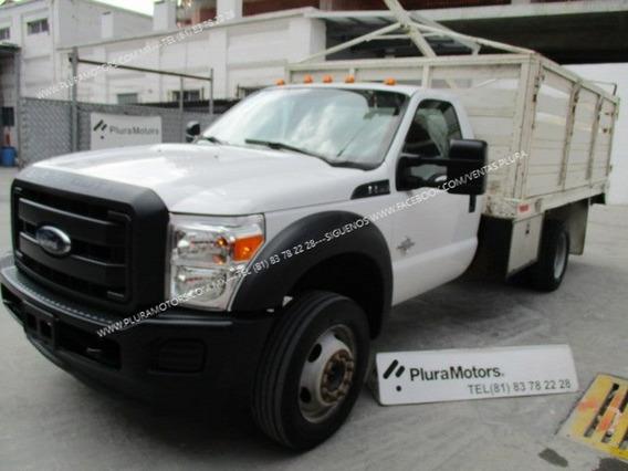 Ford F-550 2016 Automático Turbo Diesel Estaquitas $599,000