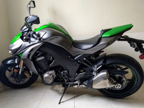 Moto Kawasaki Z1000