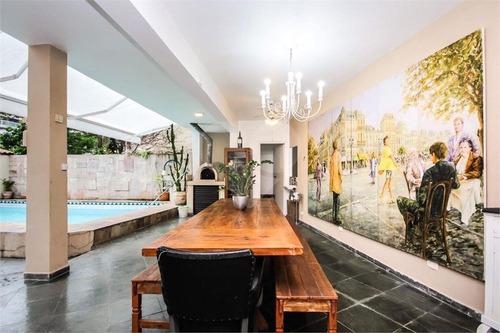 Casa Residencial - 4 Dorms  - 2 Suites - 6 Agas - À Venda No Alto Da Lapa - 85-im298298