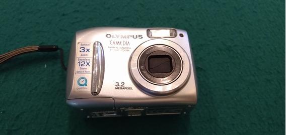 Câmera Digital Olympus D-535 Zoom