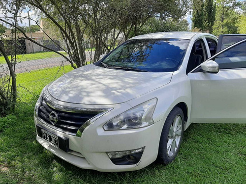 Nissan Altima 2.5 Advance Pure Drive 182cv 2015