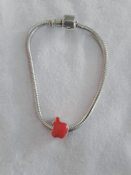 Pulseira Prata Com Berloque Maçã Vermelha