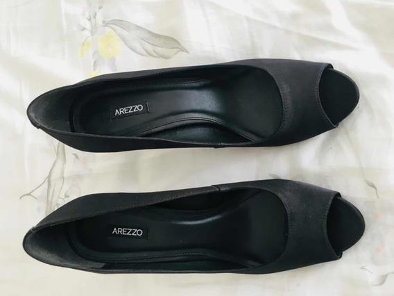 Sapato Peep Toe Tecido Preto Arezzo N 38
