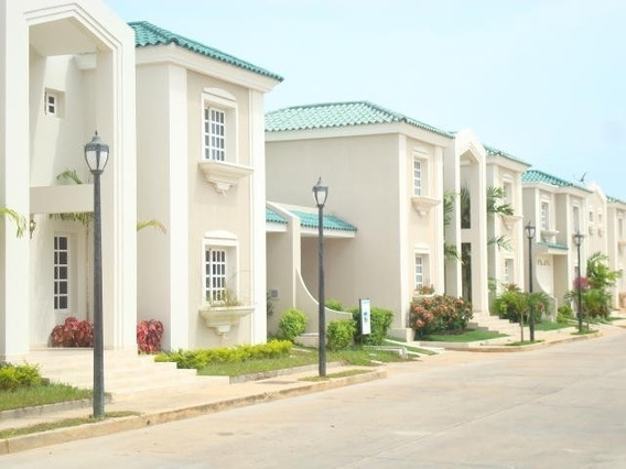 Casa Villa Cerrada Alquiler Av Fuerzas Armadas Maracaibo Uvp