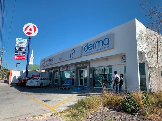 Excelente Local Comercial Con De 242 M2 En Sombrerete Qro,