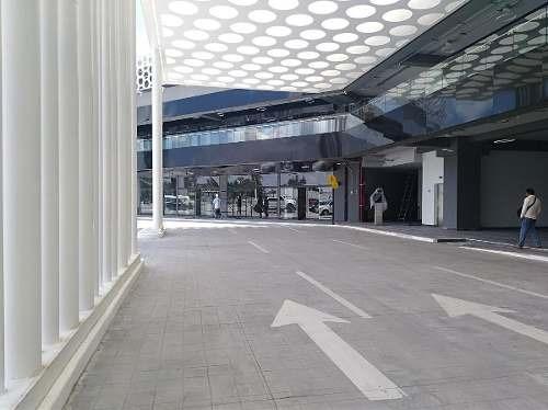 Renta De Locales En Nueva Plaza Comercial Con Central De Autobuses.