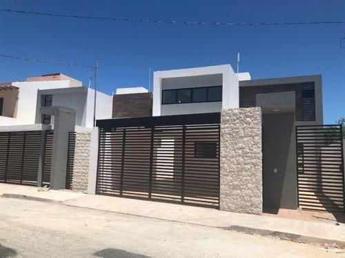Casas En Venta Al Norte De Merida 4 Recamaras Montevideo Cumbres Ii Lote 167