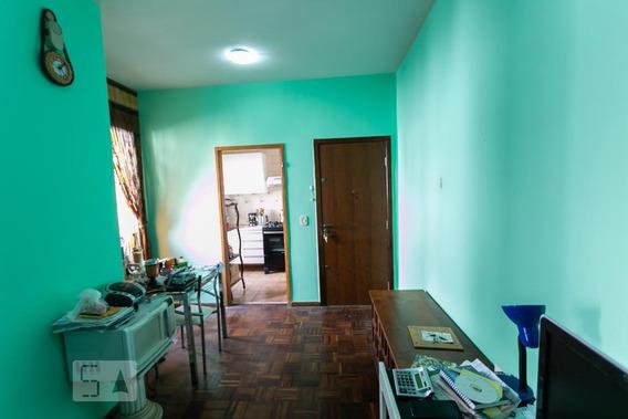 Apartamento Para Aluguel - Sagrada Família, 2 Quartos, 55 - 893085332