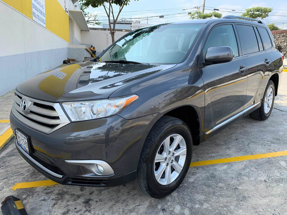 Toyota Highlander Base Premium Aa R-17 At 2011