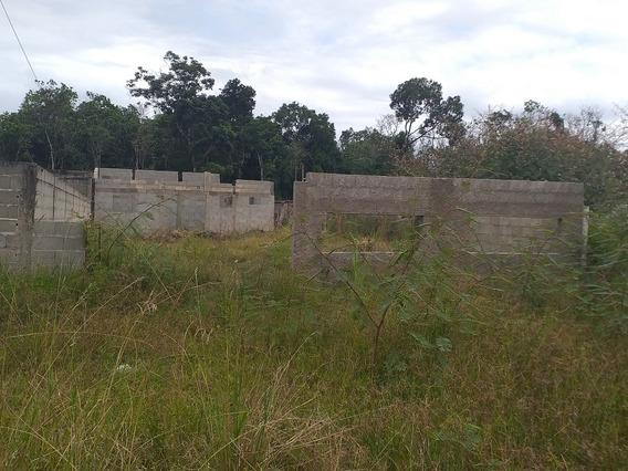 Terreno Na Praia De Itanhaém 9 Por 30 Metade Já Construído.