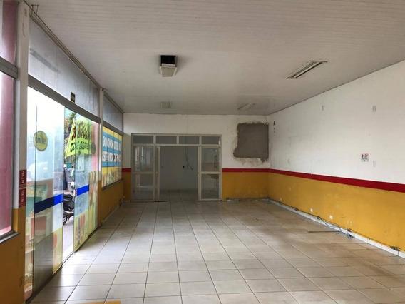 Sala Em Posto De Combustivel - 23410