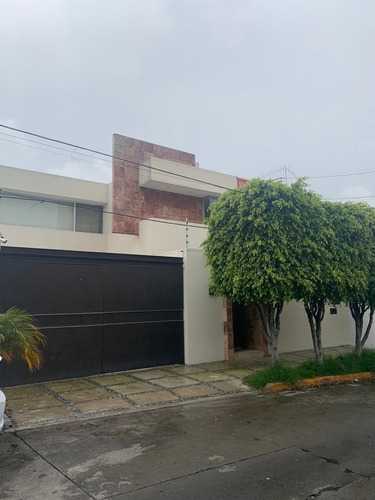 Imagen 1 de 30 de Casa En Renta, Lomas De Tecamachalco, Naucalpan