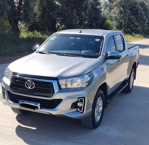 Toyota Hilux 2.8 Cd  Srv 177cv 4x2 Modelo 2020