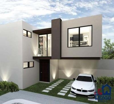 Casa En Pre-venta Excelente Oportunidad Para Inversionistas. Está Ubicada En Una De Las Zonas Con Más Plusvalía En Querétaro, El Refugio Residencial, Uno De Los Fraccionamientos Más Modernos Y Más E