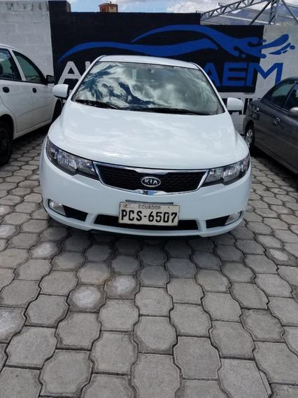 Kia Cerato Año 2015 Color Blanco
