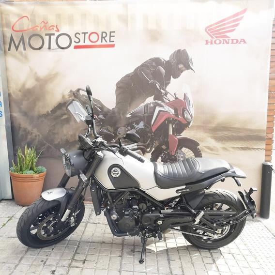 Benelli Leoncino 500 Gris 2020