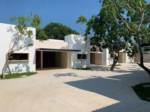 Última Villa En Venta En Privada Rue De 1 Planta En Santa Rita Cholul