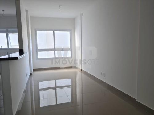 Imagem 1 de 10 de Apartamento A Venda De 2 Dormitórios No Marapé Em Santos - Sp - Ap00618 - 69878471