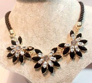 Collar Maxi Flores Cristales Para Vestido Blusa Nuevo Stock