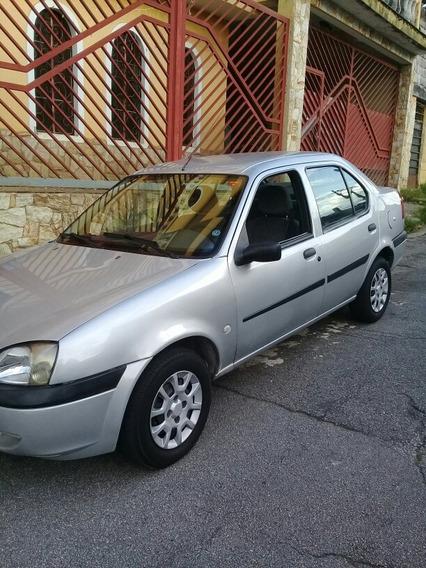 Ford Fiesta Sedan Street 1.0 4p 2002