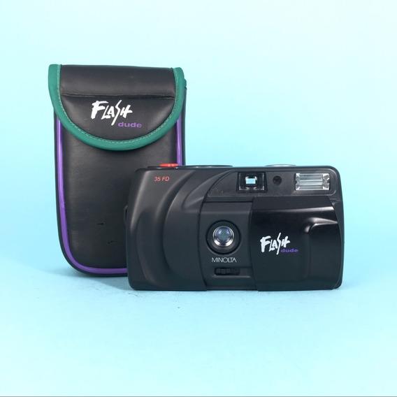 Camera Analógica Minolta 35fd Flash Dude