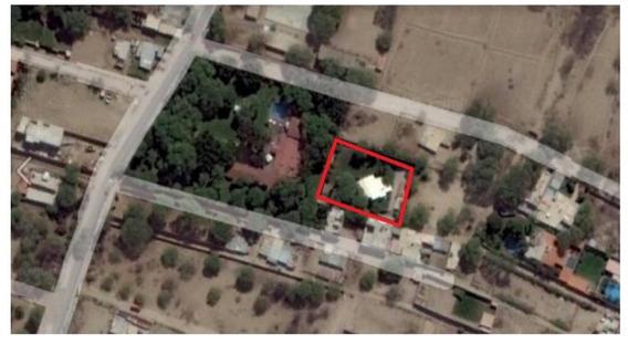 Casa Ejidos 1600 M2 Área Construida 300 M2 Zona De Parrilla