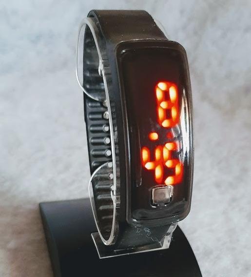 Relógio Led Digital Unisex Preto Pulseira Silicone Generic