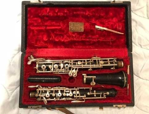 Oboe F. Loree París