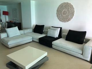 Elegante Y Confortable Sala Comprada En Actual Hace 2 Años