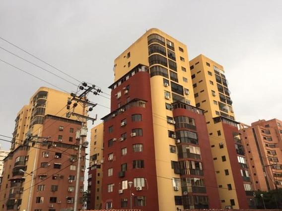 Apartamento Venta Este De Barquisimeto 20-11775 As