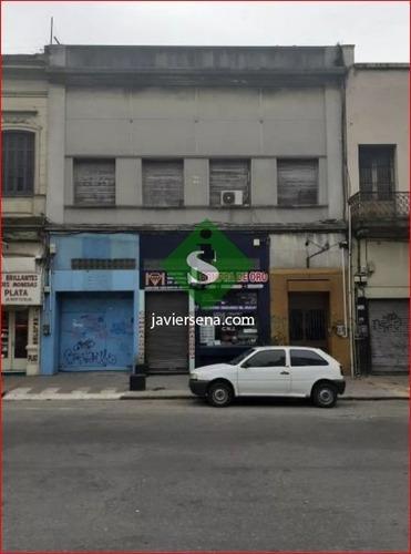 Venta De 2 Locales Comercial En El Centro De Montevideo, Mas 17 Ambientes.- Ref: 167653