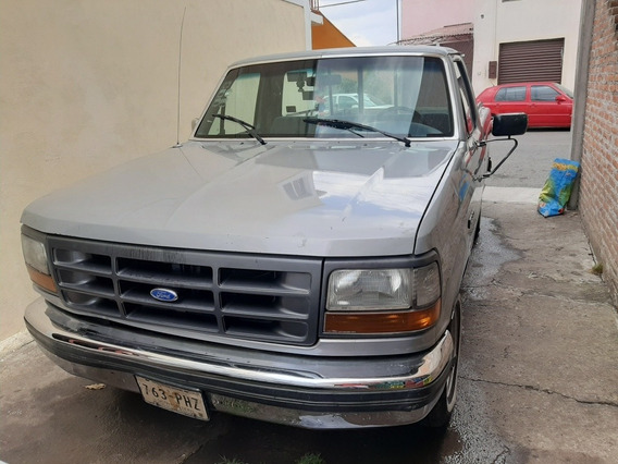 Ford F-250 Ford Pick Up Xlt
