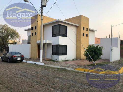 Casa En Venta En Portones Del Carmen, Zona Sur De León, Gto.